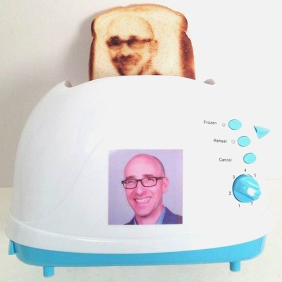Selfie Toaster - $75 @sarahsergeant I'll be buying you this when you get married: