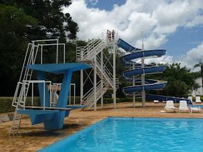Photo: trampolim e toboágua
