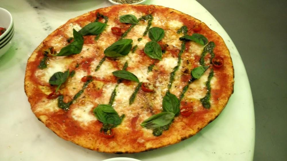 pizza-restaurants-gurgaon-delhi-pizza-express-image