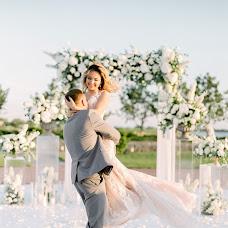 Wedding photographer Andrey Ovcharenko (AndersenFilm). Photo of 21.08.2018