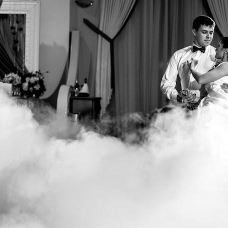 Свадебный фотограф Артём Аркадьев (artemarkadev). Фотография от 30.11.2017