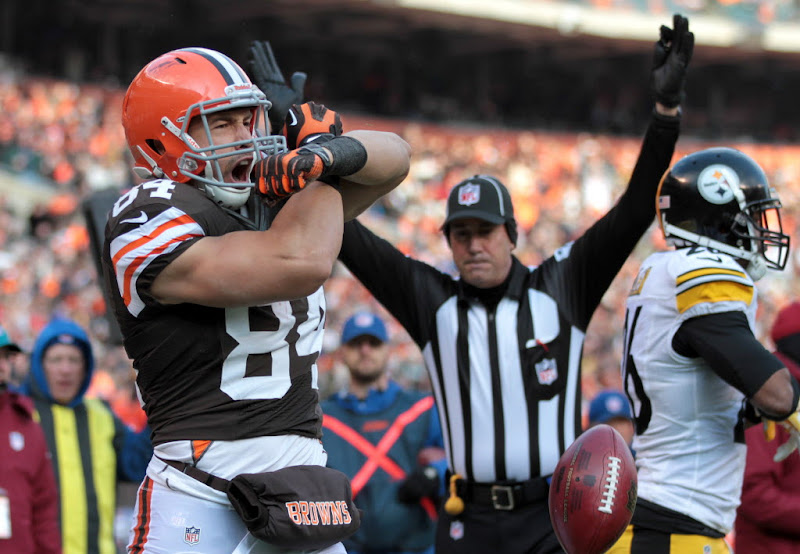 Photo: Jordan Cameron reacts after scoring a touchdown. (Joshua Gunter, The Plain Dealer)