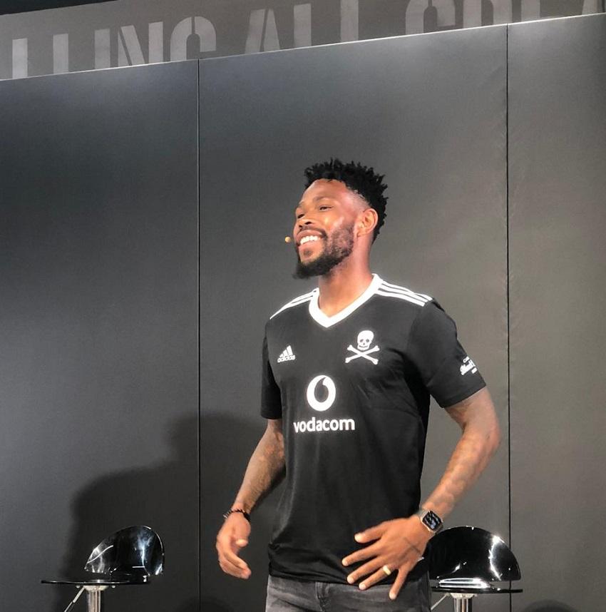 Orlando Pirates signing Hlatshwayo impressed at how coach Zinnbauer is learning isiZulu - TimesLIVE
