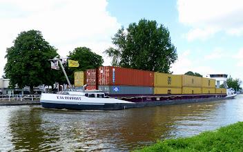 Photo: 1 Schiff statt ca. 15 LKWs...