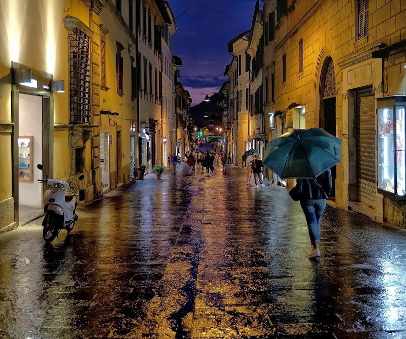 Street Bagnato di Enrico Balla