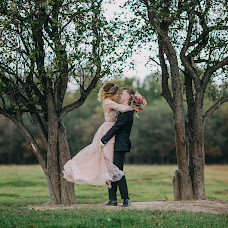 結婚式の写真家Oksana Martynova (OksanaMartynova)。24.05.2019の写真
