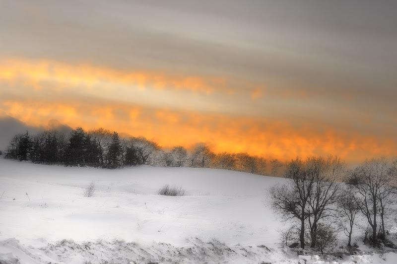 Fuoco sulla neve di Pasquale Agosti - pasquale.agosti@gmail.com