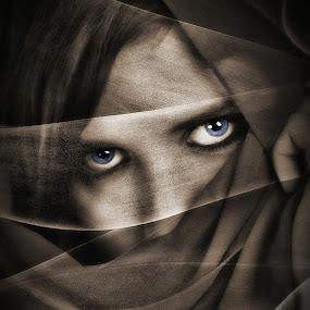 Hide by Emanuel Correia - People Portraits of Women