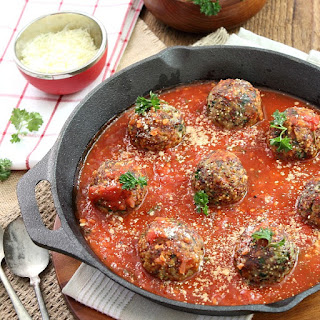 Baked Turkey, Quinoa and Spinach Meatballs