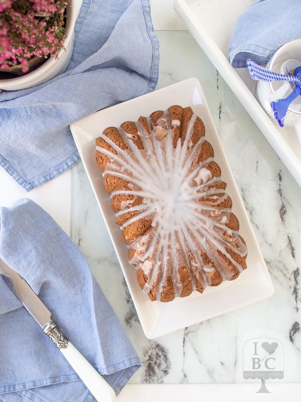 Loaf Cake de piña y coco