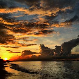 Sunrise by Janette Ho - Instagram & Mobile iPhone