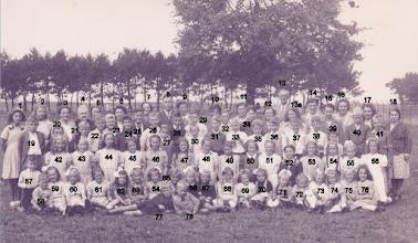 Photo: Schoolreisje 1948 1-Willy Muilenburg - 2-Eefje Bakker 3-Jenneke Muilenburg -  4-Jeant vd Vliet 5-Teuntje v Wijk - 6- Sien v/d Giessen 7-Gonda v Wijk  - 8- Meester GG Kruit 9-mevr Kruit - 10-Cor v Wijk 11-mevr. .....de Bruin - 12-Neeltje v Ewijk 13-MeesterMeenhorst-13a Mien Walraven 14-Jansje Roza - 15- Toontje vd Giessen 16-Annie Verhoeven - 17 -Juf Laven 18-Jenny vd Vliet - 19-Joop Brinkman 20 Cor Brinkman - 21-Kees de Bruin 22- Bertus vd Wal - 23 - Ad vd Giessen 24 -Hemmie v Es - 25 - .............. 26- Dirk de Leeuw - 27 Peter v Verhoeven 28 jacob vd Vliet -29 Gerrit Duijzer 30 Wim Versteeg - 31 Joke Keijnemans 32 Pim Muilenburg - 33 Hans Meenhorst  34 Marius de Groot - 35 Nico walraven 36 Gerrit Roza  - 37 C Roza Wzn 38 Evert v Ballegooijen - 39 Gerrit Roza jz 40 Arend Bakker - 41 Arie v Eck 42 henny v Eewijk - 43 Corrie vd Vliet 44 Mijntje Dekker - 45 Ina Hoegee 46 Rien Roza - 47 Bets v Es 48 Sija Bouman - 49 Nel v Weelden 50  Flora v Wijnen - 51 Hanny Muilenburg 52 Riet Roza - 53 ................... 54 Janny vd Giessen - 55 Riet v Weelden 56 Kaatje de Bruin - 57 Gerrit Muilenburg 58 Piet v Wijk - 59 Lijntje Duijzer 60 Geertje vd Vliet - 61 Pietje Roza 62 Riet vd Giessen - 63 Woutrien Sterk 64 Corrie Roza - 65 Huibertje v Es 66 Neeltje v Wijk - 67 Janny v Eewijk 68 Hanny v Wijk - 69 Tonny Versteeg 70 Tilly Klop - 71 Gerry vd Vliet 72 Sienie Roza - 73 Johanna vd Vliet 74 Sanny vd Meijden - 75 Gerry de Jong 76 Riekie vd Vliet  77 Alewijn v Willigen - 78 Pim v Wijk