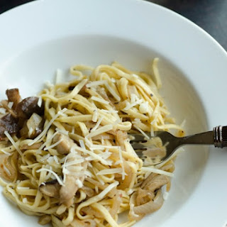 Linguine with Mushrooms in a White Wine Butter Sauce.