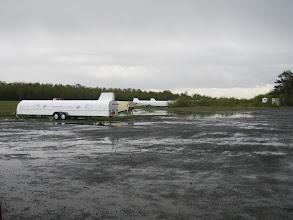 Photo: de zweefvliegers blijven ingepakt bij dit weer