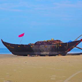 on shore by Usman Irani - Transportation Boats ( sand, blue sea, goa, south goa, varca beach, sea, beach, boat )
