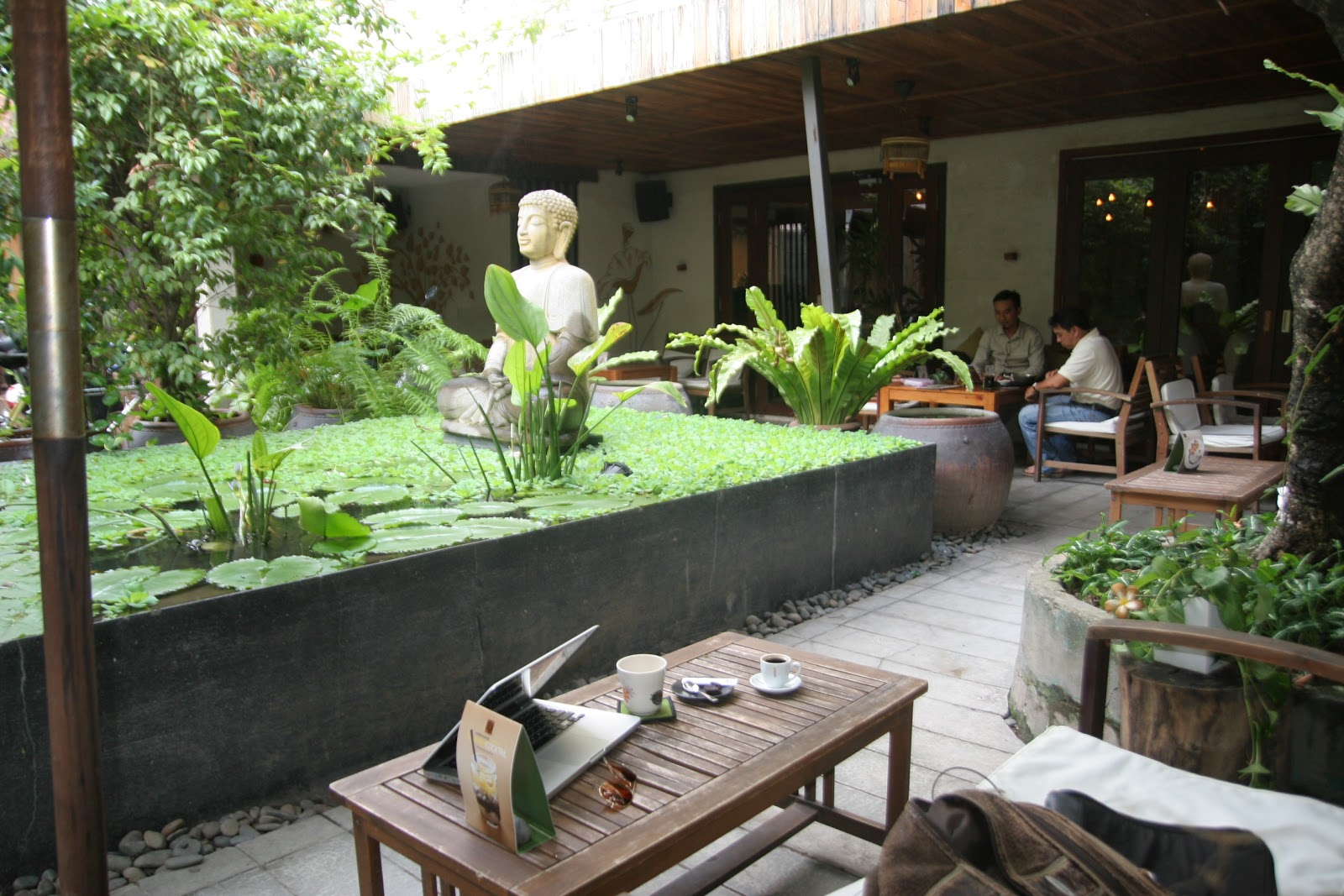 thefigcafe1.jpg