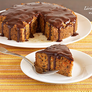 Paleo Carrot Cake (gluten free, dairy free, low carb).