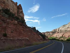 Photo: et un route en parfait état, comme partout ailleurs