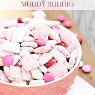 Strawberry Muddy Buddies