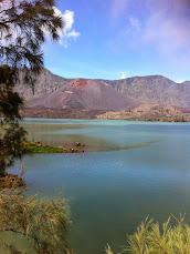 Photo de la découverte des volcans en Indonésie