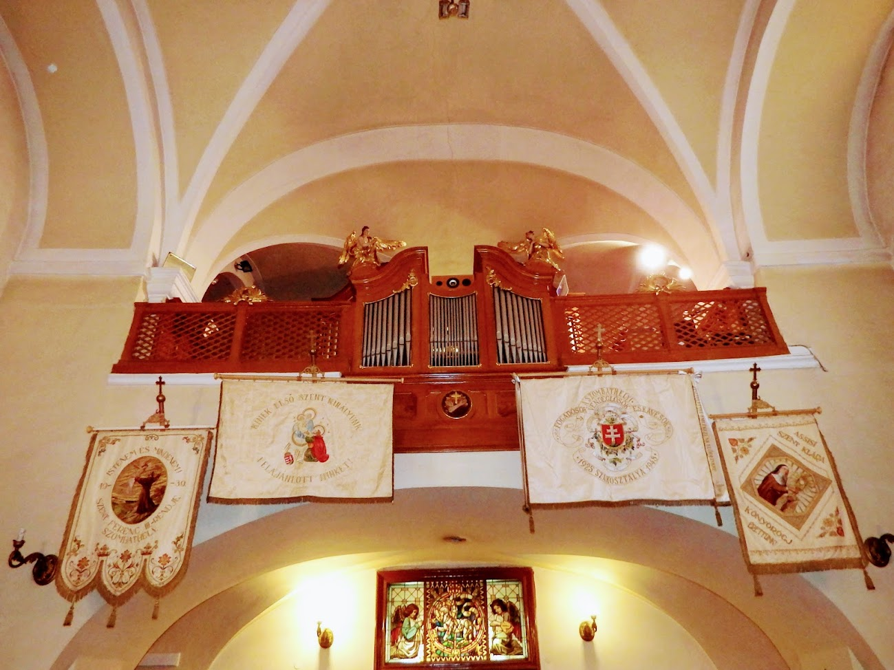 Szombathely - Árpád-házi Szent Erzsébet ferences rk. templom