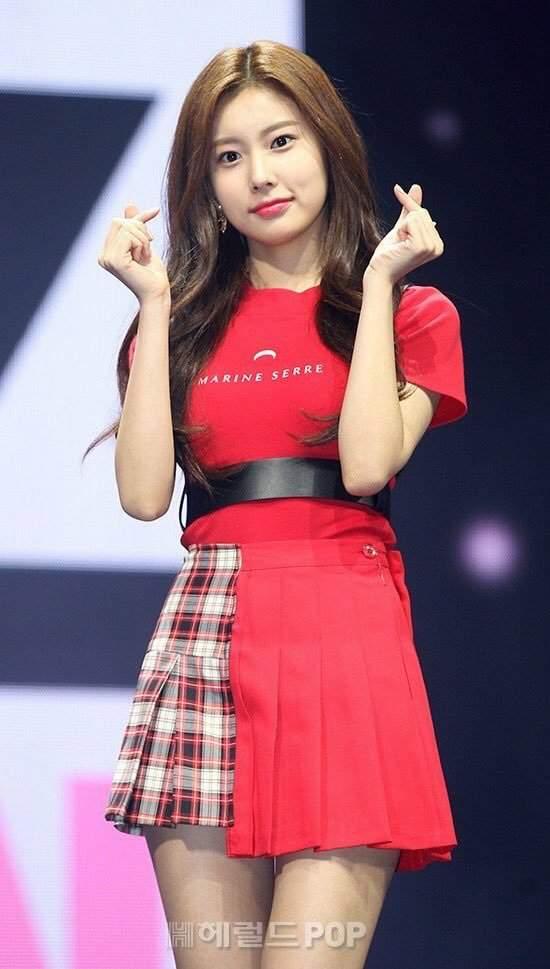 hyewon waist 23