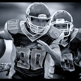 Gridiron Victoria : Richelle Cranston by John Torcasio - Sports & Fitness American and Canadian football ( football, gridiron, geelong buccaneers, gridiron victoria, richelle cranston, women's )