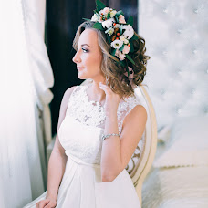 Wedding photographer Yana Chernika (chernika5757). Photo of 17.04.2016