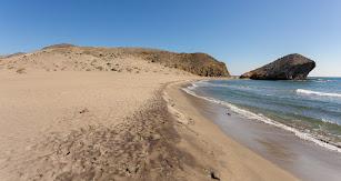 Vista de la playa de Mónsul, en una fotografía de Filming Almería.
