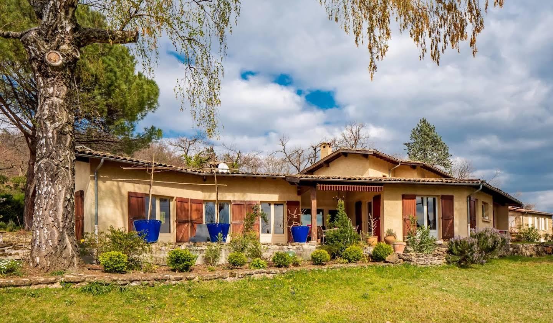 Maison avec terrasse Mours-Saint-Eusèbe