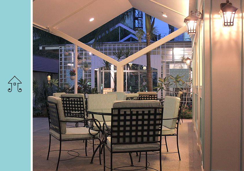 the-white-room-best-cafes-in-bangalore_image