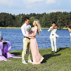 Wedding photographer Alena Rumyanceva (Binary). Photo of 19.06.2017