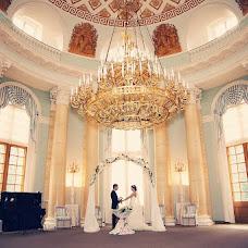 Wedding photographer Larisa Kozlova (lurka). Photo of 21.10.2013