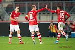 ? Jeugdig AZ legt Ajax het vuur aan de schenen in de Eredivisie