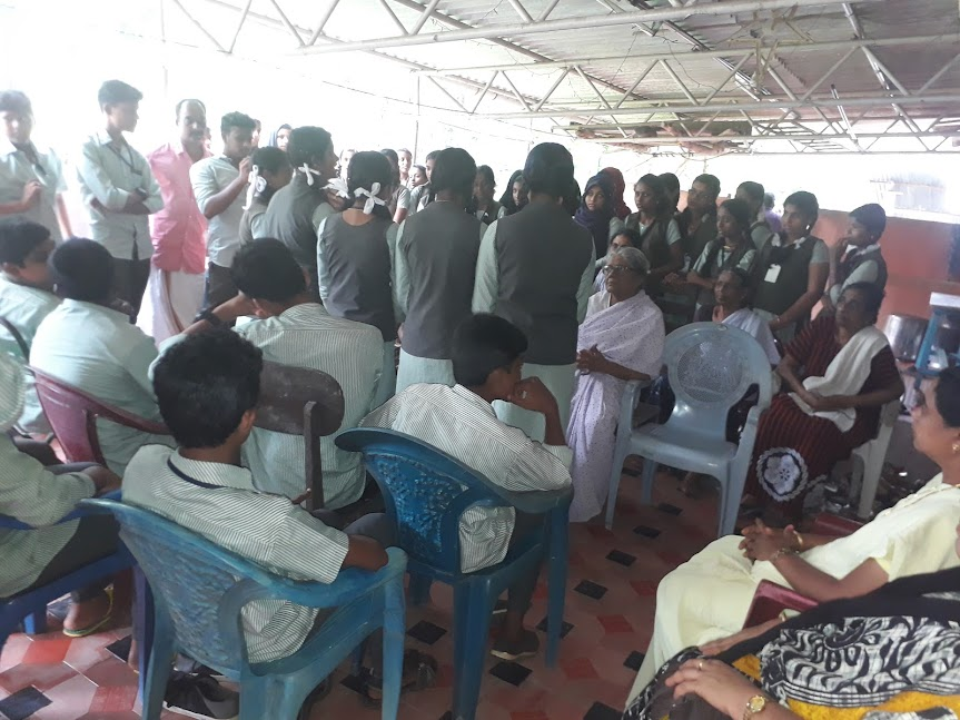 GVHSS Paruthipally School, Kuttichal Students visits Our Old Age Home