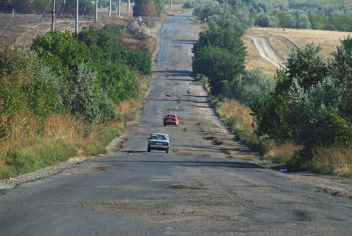 PMlZ0ggGoq2yYK0Yp2TGW7XE-mQTzOlwAHUrnezZoiZw6ev5KsLvyP3j7aTbmy7LIyN5cGH-9_6Px3M=w1440-h810-no Водители напоминают, как все еще выглядит трасса Одесса-Рени