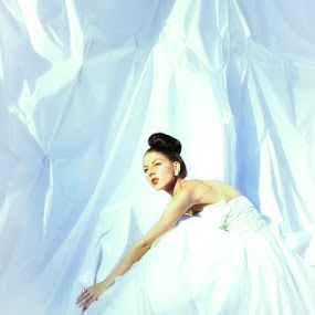 waiting for you by Budi Purwito - People Fashion ( iceberg, fashion, blue, set, romance, light )