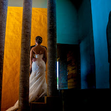 Wedding photographer Cuauhtémoc Bello (flashbackartfil). Photo of 12.07.2018