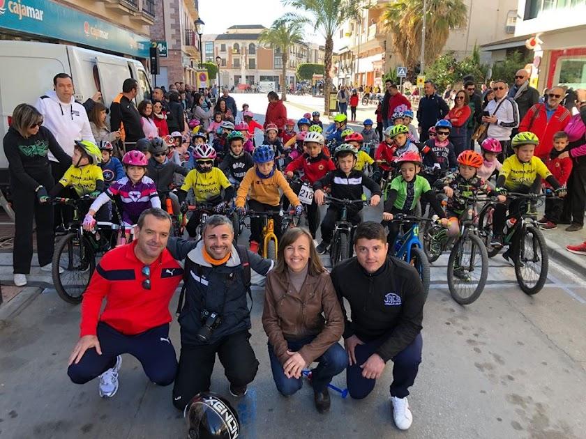 Carrera Ciclista del Cochinillo en Huércal-Overa