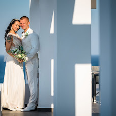 Wedding photographer Maksim Prikhodnyuk (Photomaxcrete). Photo of 04.09.2018
