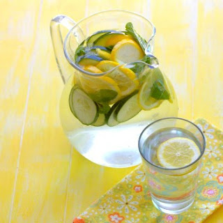 "Lemon, Cucumber & Mint ""Spa Water"""