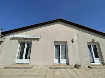 Maison 10 pièces 228 m2