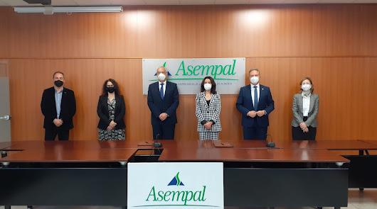 ASEMPAL y la Asociación contra el Cáncer de Almería se unen contra la enfermedad