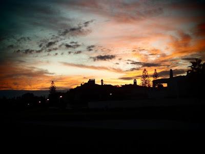 Incrocio di colori nel cielo di martabacche