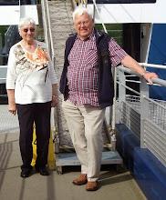 Photo: das sind wir vor dem Schiff