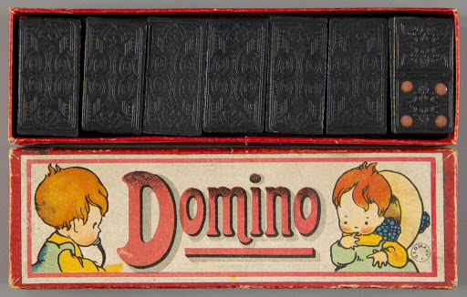 Dominoes:Domino
