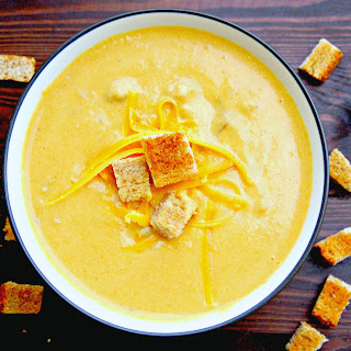 Cheeseburger Soup with Homemade Croutons