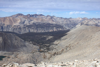 Photo: Kaweah Peaks and Kern Canyon