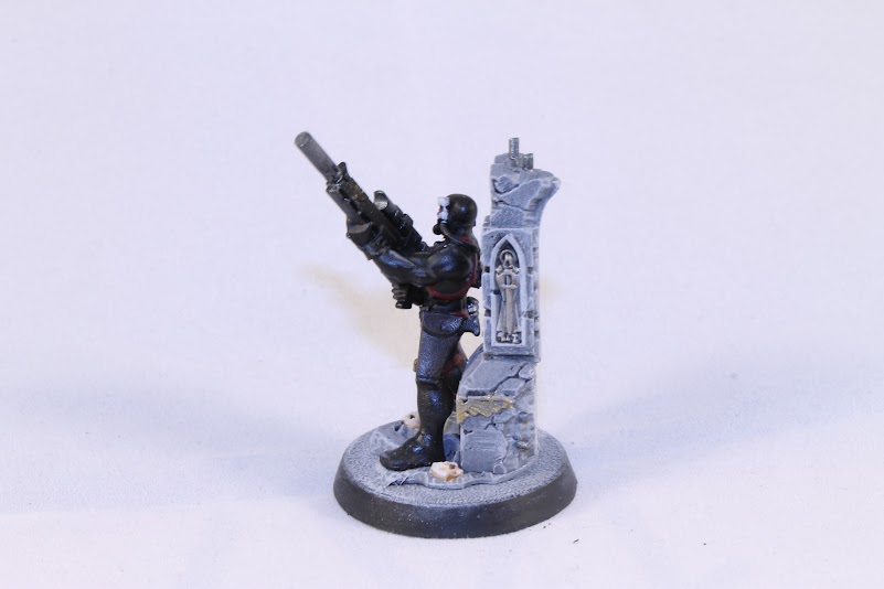 Vindicare Assassin, side view