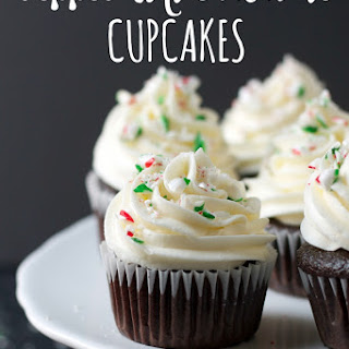 Peppermint Chocolate Cupcakes (and Holiday GIVEAWAY!)